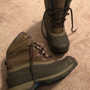 Women's NorthFace Chilakat lll Boots (size 8)
